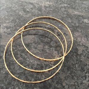 Jewelry - 18k gold bangle bracelets